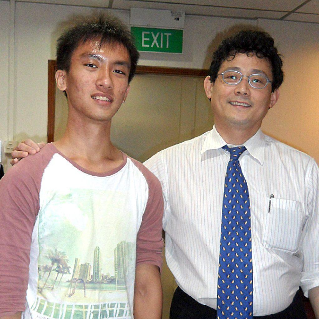 Dr Dennis Heng